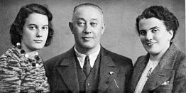 """Hannie, Felix und Hilde Baer. Es ist das letzte Familienfoto vor der Emigration nach Amerika, aufgenommen in Berlin, einige Tage nach der Abreise aus Ulm, im September1940. (""""Child of Two Worlds"""", S. 136)."""